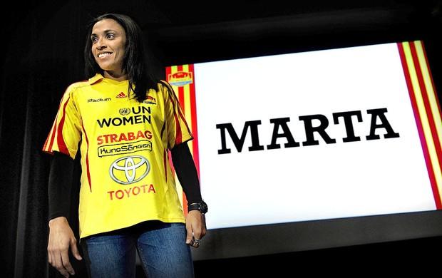 Marta é apresentada no Tyreso (Foto: EFE)