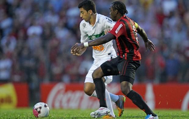 manoel renan oliveira Atlético-PR x coritiba (Foto: Heuler Andrey/Agência Estado)