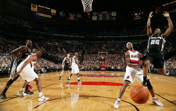 James Anderson NBA basquete Spurs Blazers (Foto: Getty Images)