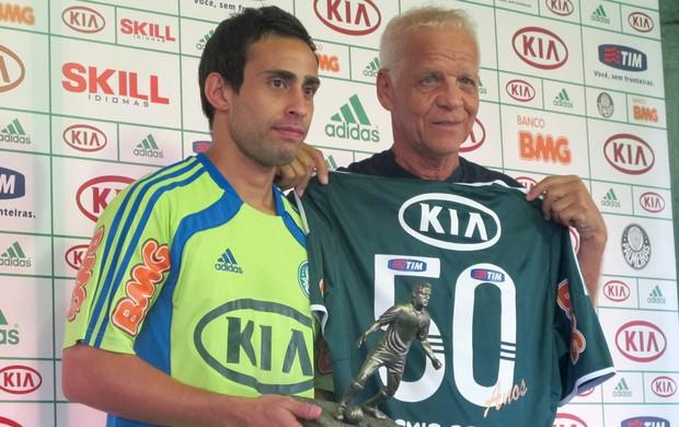 Valdívia e Ademir da Guia Palmeiras (Foto: Diego Ribeiro / Globoesporte.com)
