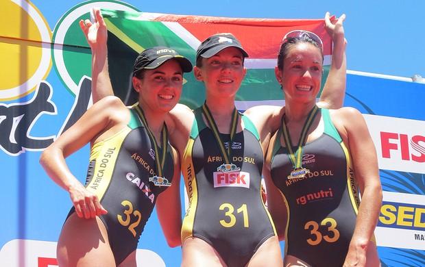 Pódio Mundialito de Triatlo Rápido em Arraial do Cabo (Foto: Ana Carolina Fontes / Globoesporte.com)