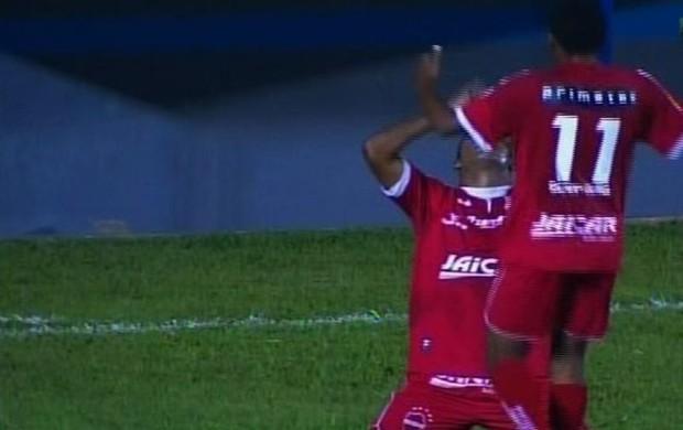 Morrinhos 0 x 4 Vila Nova (Foto: Reprodução/TV Anhanguera)