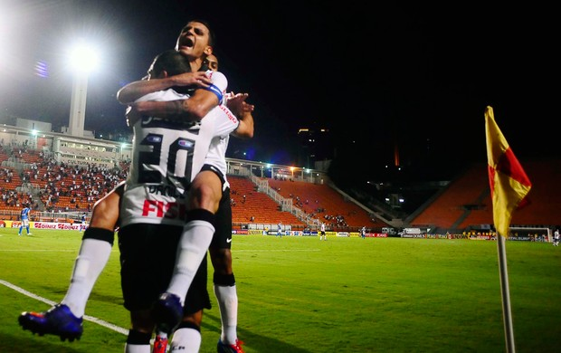 Danilo gol Corinthians (Foto: Marcos Ribolli / Globoesporte.com)