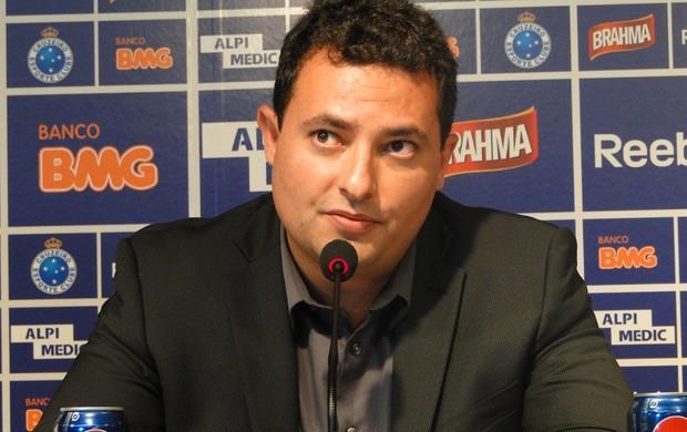 alexandre mattos - diretor de futebol do cruzeiro (Foto: Tarcísio Neto / Globoesporte.com)