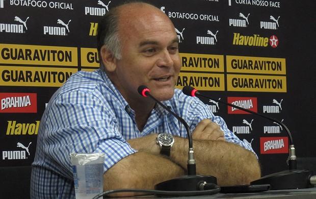 Presidente Mauricio Assumpção (Foto: André Casado / Globoesporte.com)