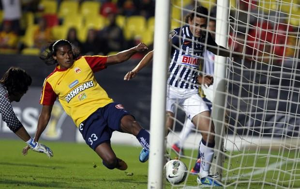 Morelia x Monterrey, Champions da Concacaf (Foto: EFE)
