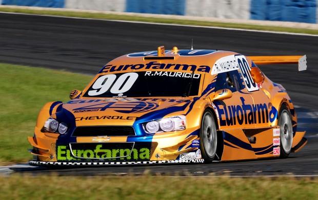 Stock Car - Ricardo Maurício guia o carro 90 da RC nos testes em Curitiba (Foto: Duda Bairros/ Stock Car)