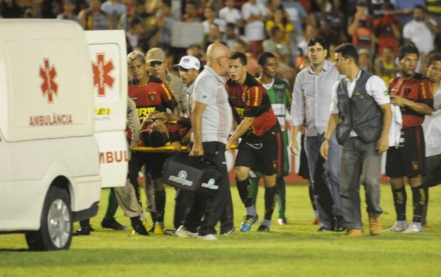 Acidente Bruno Aguiar - Sport (Foto: Aldo Carneiro)