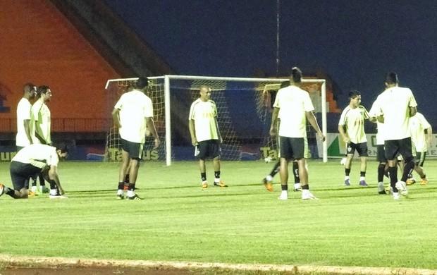 Jogadores treino Atlético-MG (Foto: Fernando Martins / Globoesporte.com)