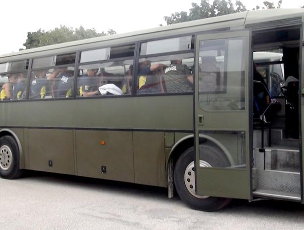 Ônibus da seleção brasileira de vôlei no Mundial