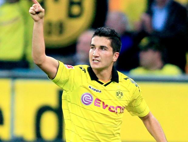 sahin comemora gol do borussia dortmund sobre o bayern munich (Foto: Reuters)