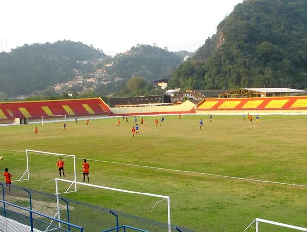 Campo do Jabaquara, reformado graças a ajuda de Pelé