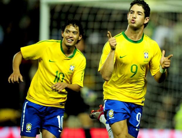 alexandre pato brasil gol ucrânia