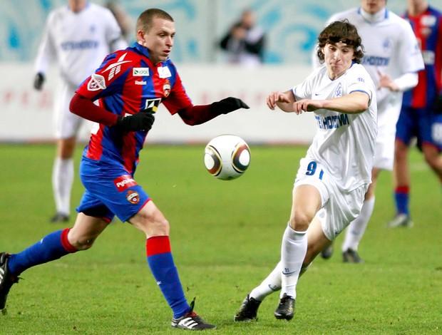 Lance do jogo entre CSKA e Krylya Sovietov