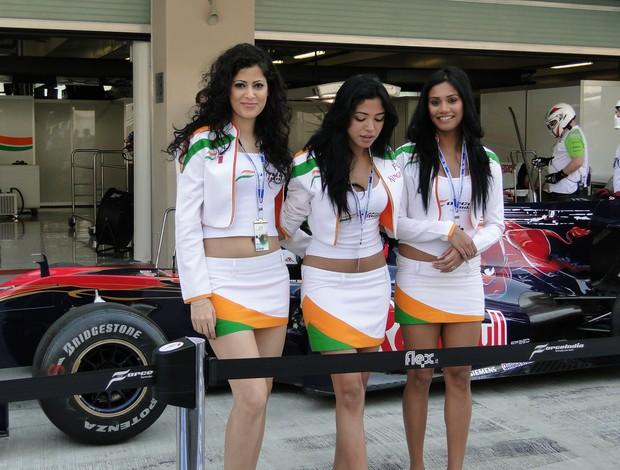 mulheres no paddock de Abu Dhabi