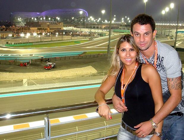 Magrão com a esposa no GP de Abu Dhabi