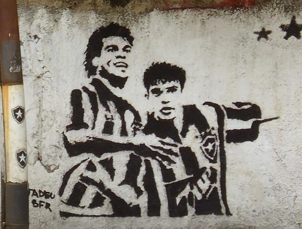 Túlio e Donizete pintura muro Botafogo