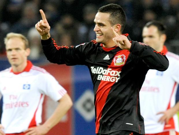Renato Augusto marca no jogo Hamburg SV x Bayer Leverkusen
