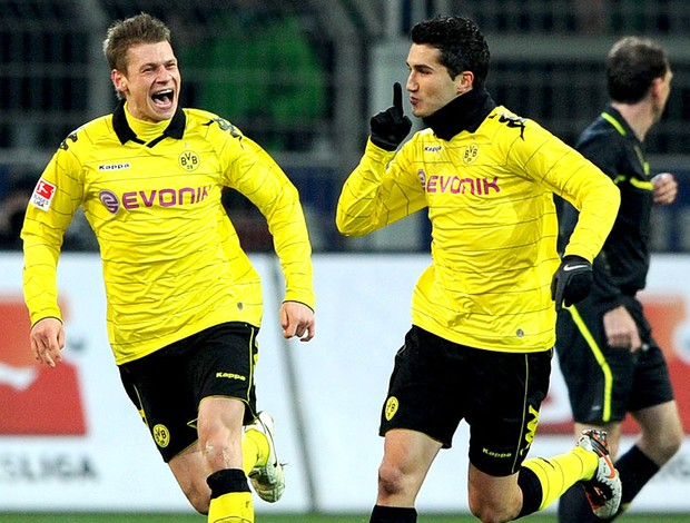 Sven Bender comemora gol do Borussia Dortmund contra o Werder Bremen