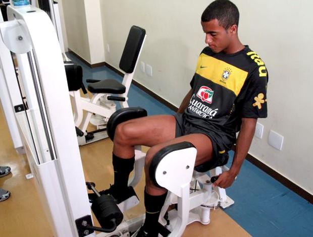 lucas brasil sub 20 musculação