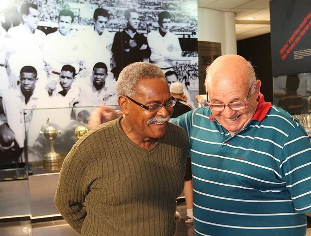 Pepe e Coutinho na Vila Belmiro