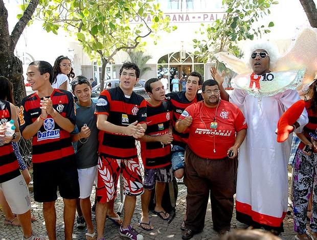 torcida Ronaldinho Gaúcho no hotel