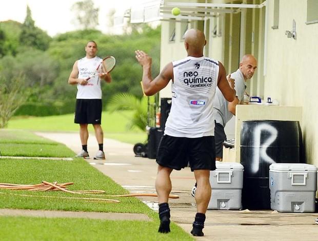 Ronaldo e Roberto Carlos tênis
