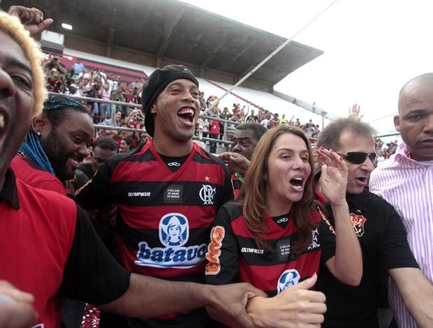 Vagner Love Ronaldinho Apresentação Vagner Love (Foto: Alexandre Vidal / Fla Imagem)