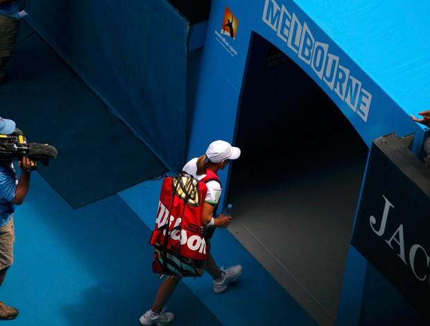 Justine Henin sofreu com o calor australiano nesta sexta
