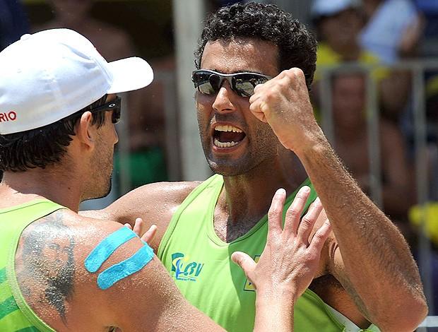 vôlei de praia Pedro Solberg e Pedro Cunha (Foto: Mauricio Kaye / CBV)