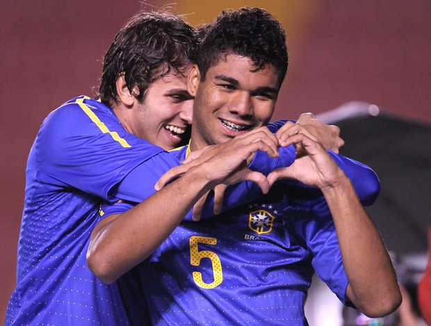 Casemiro Brasil x Colômbia (Foto: Mowa)