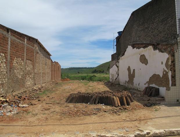 Casas destruídas Murici (Foto: Richard Souza / Globoesporte.com)