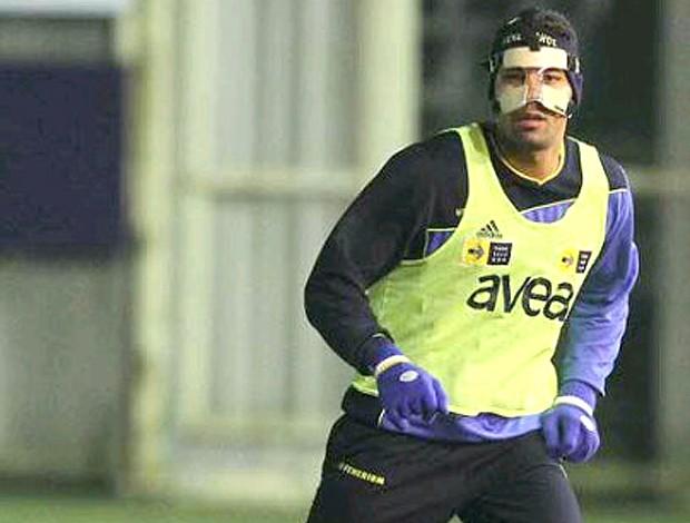 André Santos proteção rosto (Foto: Reprodução)