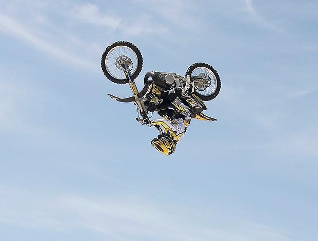 joaninha motocross (Foto: Agência Estado)
