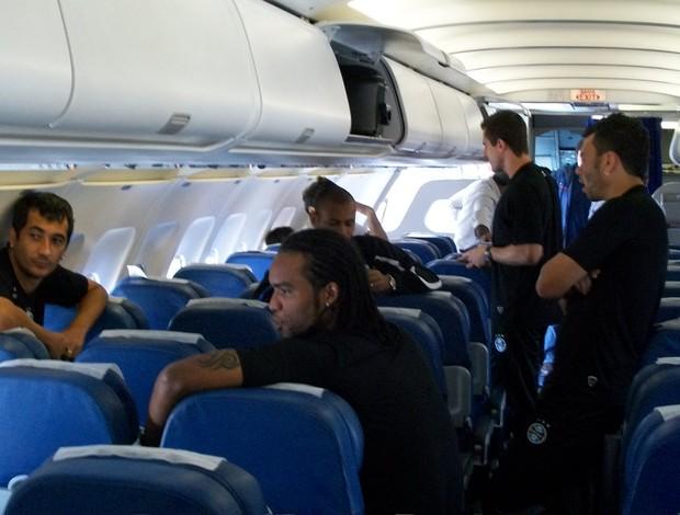 Jogadores do Grêmio em Manaus (Foto: Eduardo Cecconi/Globoesporte.com)