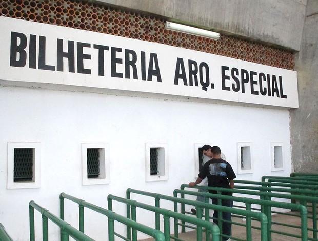 estádio Albertão para o jogo do Palmeiras (Foto: Diego Ribeiro / GLOBOESPORTE.COM)