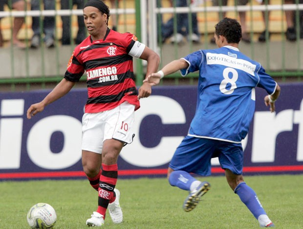 Ronaldinho Flamengo x Olaria (Foto: Vipcom)