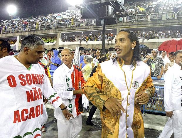 ronaldinho gaúcho grande rio carnaval (Foto: Bruno Gonzalez/Globo)