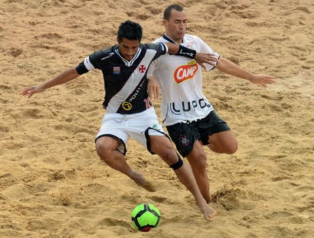 Vasco vence o Corinthians no Mundialito de Futebol de Areia (Foto: João Pires)