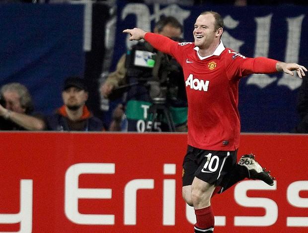Rooney comemora gol do Manchester United contra o Schalke (Foto: Reuters)
