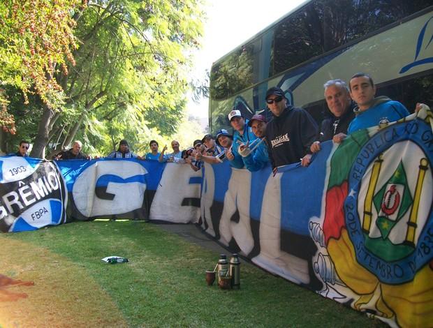 Torcida do Grêmio chega ao Chile (Foto: Eduardo Cecconi/Globoesporte.com)