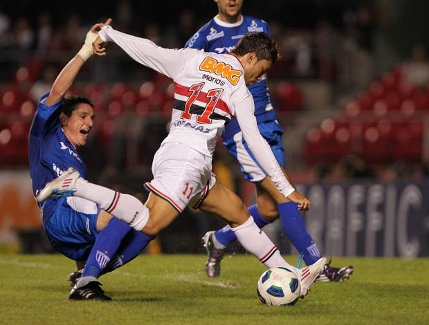 Marlos no jogo contra o Avaí (Foto: Wagner Carmo/Vipcomm)