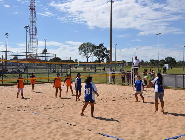 Vôlei nos Jogos Indígenas (Foto: Hélder Rafael/GE MS)