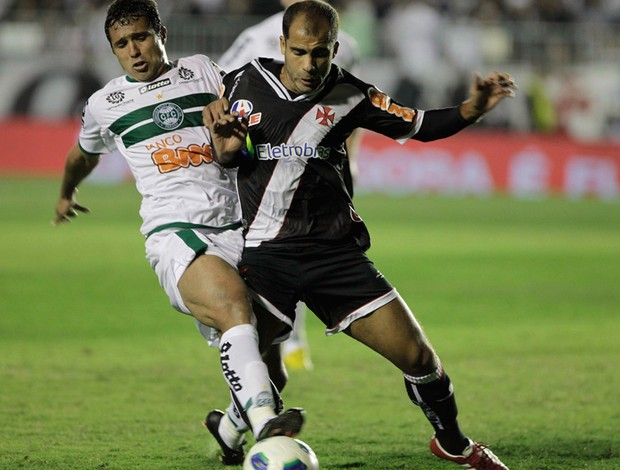 vasco x coritiba felipe (Foto: Luis Alvarenga / Globo )