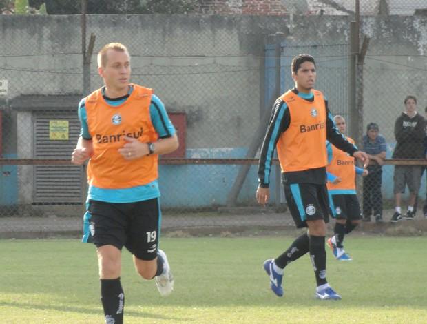 Marquinhos treina no Grêmio (Foto: Eduardo Cecconi/Globoesporte.com)