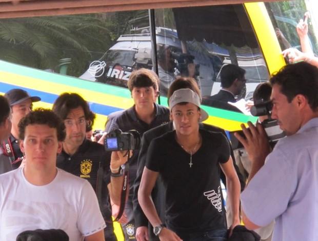 Neymar e Elano Seleção Hotel (Foto: Leandro Canônico/GLOBOESPORTE.COM)