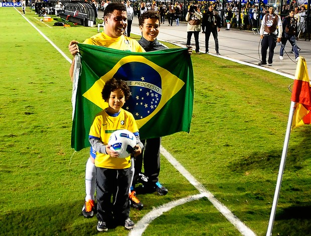 pacaembu  despedida ronaldo brasil x romênia robinho (Foto: Marcos Ribolli/Globoesporte.com)
