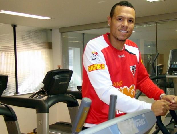 Luis Fabiano faz exercícios no Reffis do CT da Barra Funda (Foto: Site oficial do São Paulo FC)