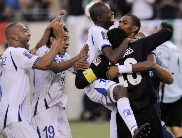 Honduras elimina Costa Rica na Copa Ouro (Foto: EFE)
