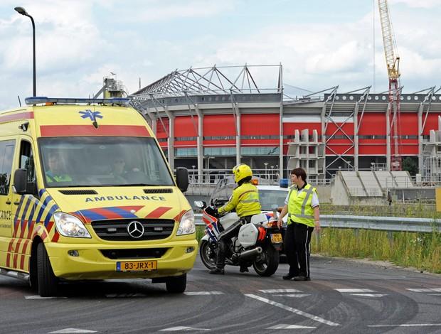 estádio twente desmorona (Foto: agência AP)
